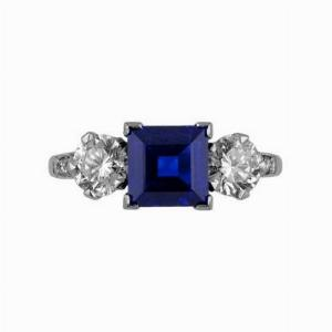 Sapphire & Diamond Three Stone Ring - 2.00ct